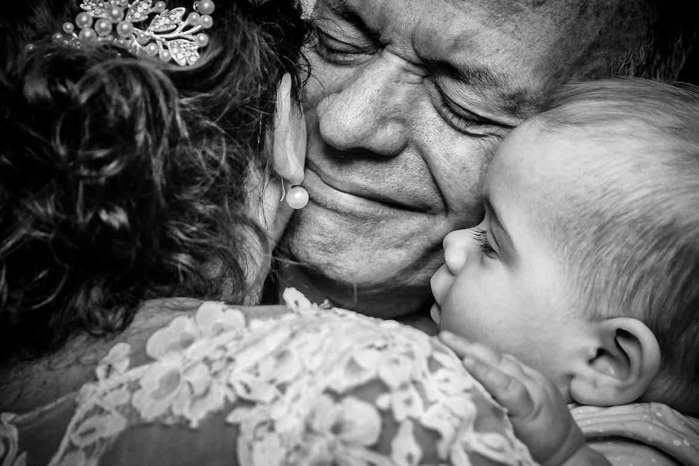 Bruidsfotografie Arno de Bruijn fotograaf bruiloft, moment met vader en dochter