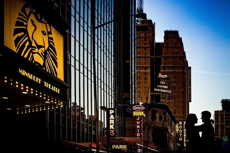 Bruidsfotograaf in het buitenland trouwreportage New York Time Square