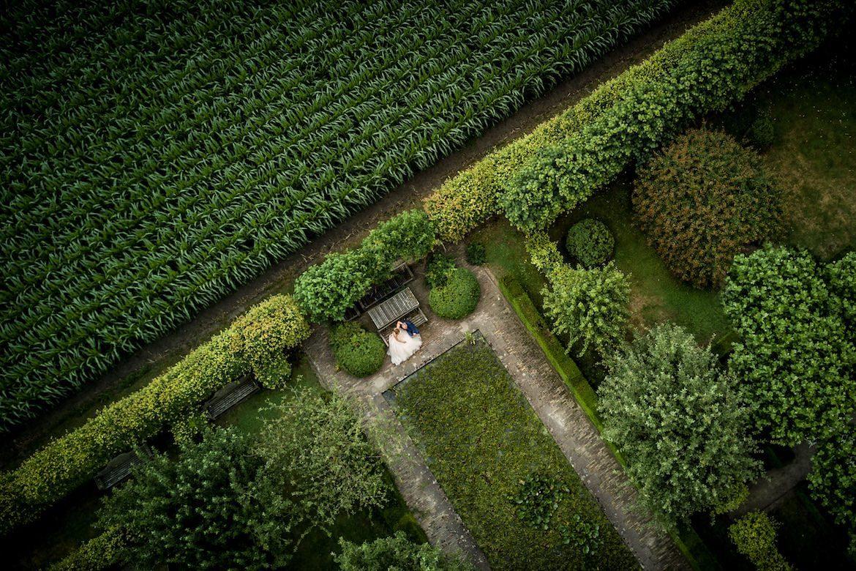 Trouwreportage met een drone Bruidsfotografie Arno de Bruijn fotograaf bruiloft